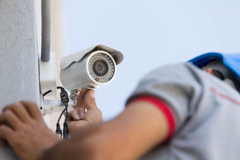 טיפים למיקום מצלמות אבטחה ביתיות