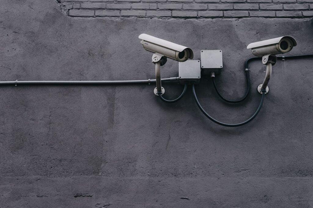 התקנת מצלמות אבטחה בחולון