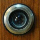 מצלמות אבטחה לדלת הבית