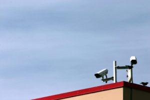התקנת מצלמות אבטחה חיצוניות